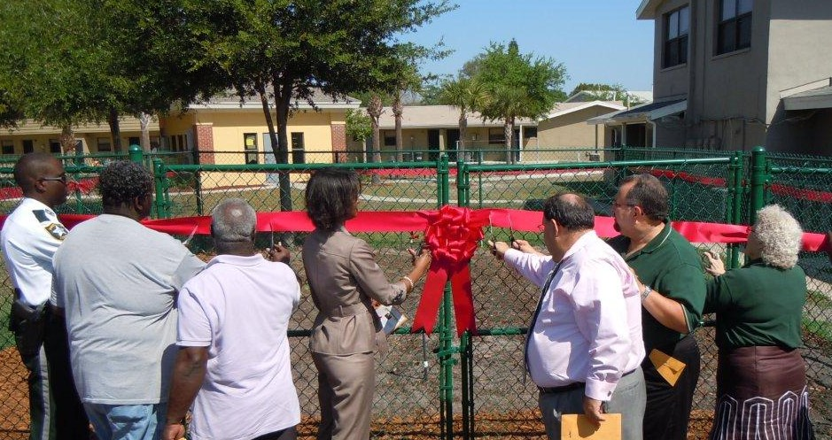 Ribbon_Cutting_0311